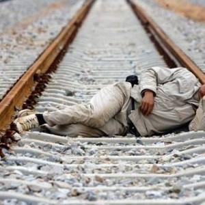 suicidio_treno-300x300