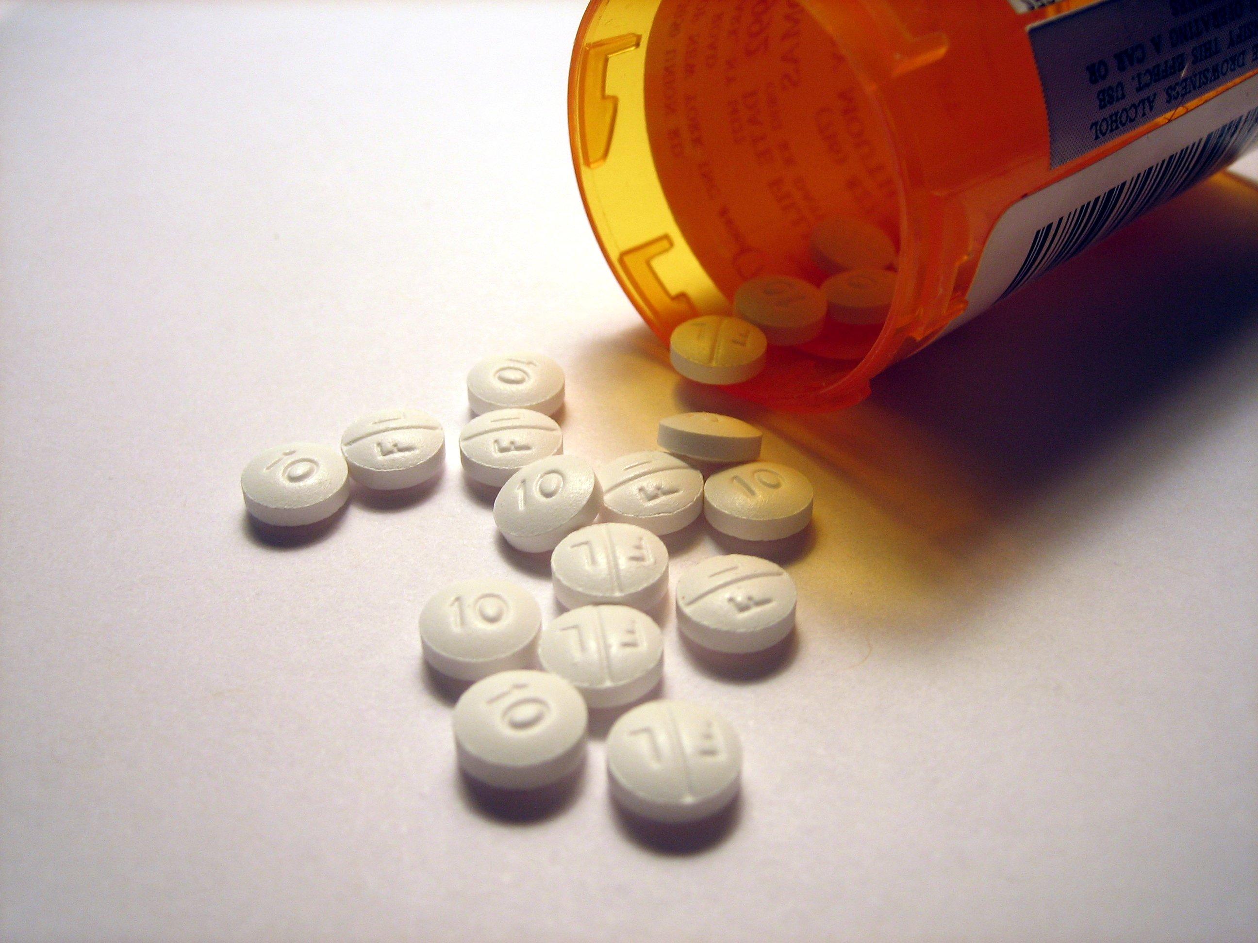 Marche: sequestrati migliaia di confezioni di farmaci dopanti, indagati una cinquantina di persone.